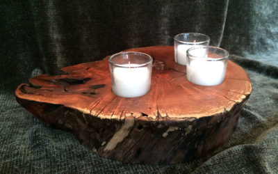 Cherry wood candleholder with tea lights